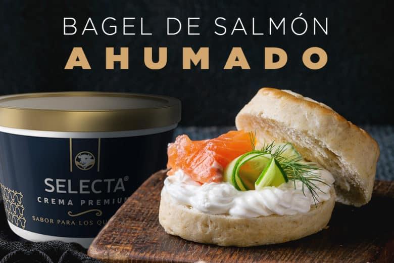 Bagel de salmon ahumado